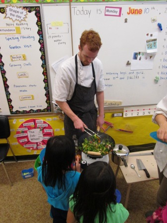Chef Stuart making stir-fry for the students