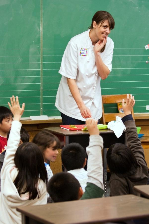 Chef Helen Knife Skills 6